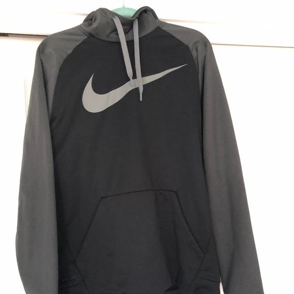 nike hoodie in black